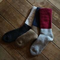 西口靴下のモヘアウールパイルソックス