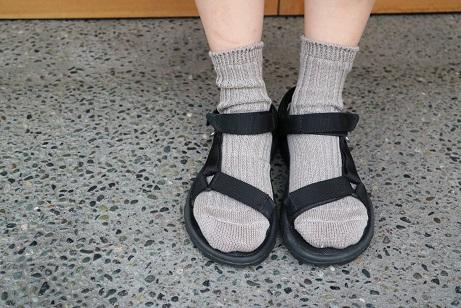 西口靴下 リネンリブ 神楽坂プリュス
